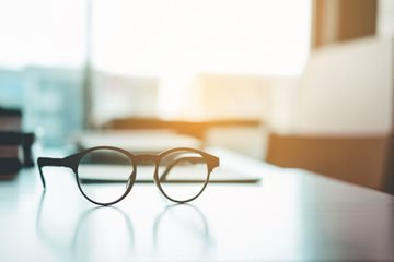 Can Laser Eye Surgery help with reading